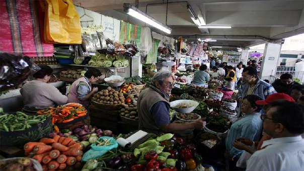 En el 2018, los precios al por mayor a nivel nacional crecieron en 3.22%, debido al alza de  los precios de la cebolla, papa y pollo en pie y del petróleo industrial, jugos de fruta y varillas de construcción.