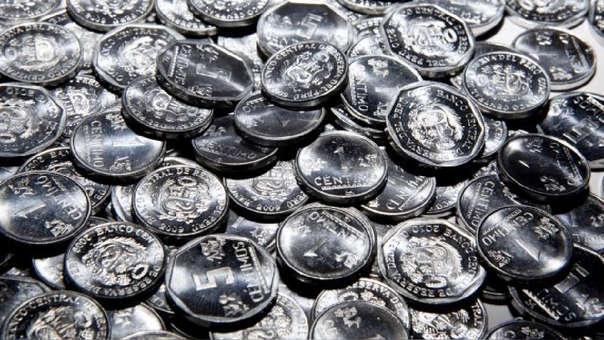 Estas monedas de cinco céntimos no pierden su valor pues podrán ser canjeadas en las ventanillas del sistema financiero (bancos, cajas municipales, financieras, etc) con plazo ilimitado.