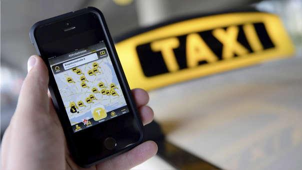 A fines de noviembre el Congreso aprobó la ley que regula los taxis por aplicativo.