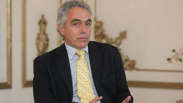 El ex ministro de justicia señaló que el proyecto de ley de Martín Vizcarra cuenta con los canales necesarios para que sea aprobado.