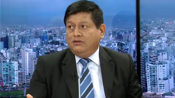 Walter Ayala es el presidente del Consejo de Ética del Colegio de Abogados.