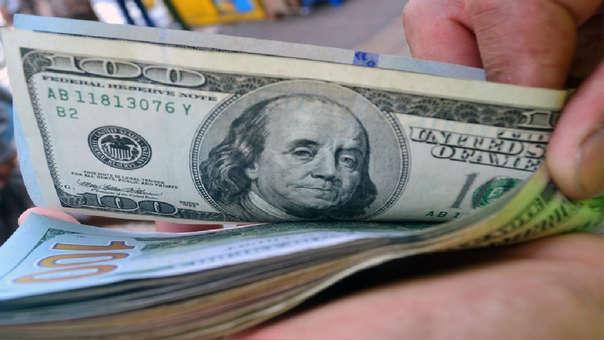 En lo que va del año, el dólar acumula una pérdida de -0.62%.