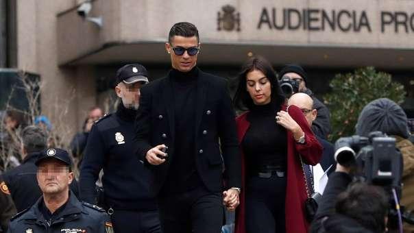 Cristiano Ronaldo aceptó ante las autoridades haber sido autor de cuatro delitos fiscales, entre ellas no incluir ingresos que Hacienda.
