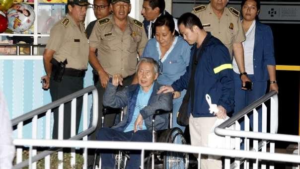 Alberto Fujimori recibió el alta médica esta tarde.