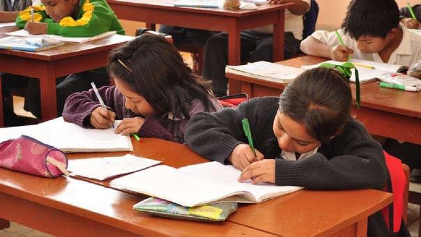 Los colegios no pueden impedir el ingreso de los alumnos que mantengan alguna deuda, ni condicionar evaluaciones al pago de pensiones.