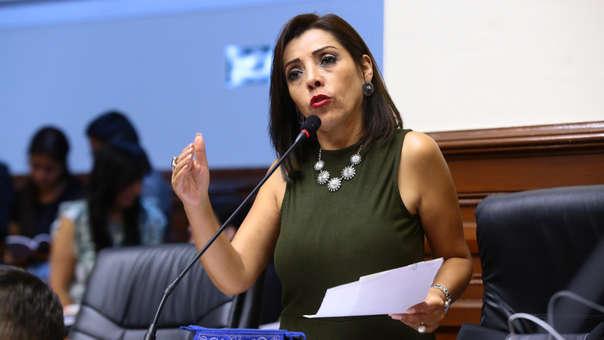 La congresista realizó una autocrítica hacia su grupo parlamentario.