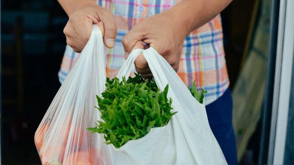 ¡Adiós a las bolsas de plástico! Opciones eco amigables para reemplazarlas