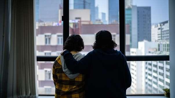 Rawan y Reem en Hong Kong, donde se esconden de su familia.