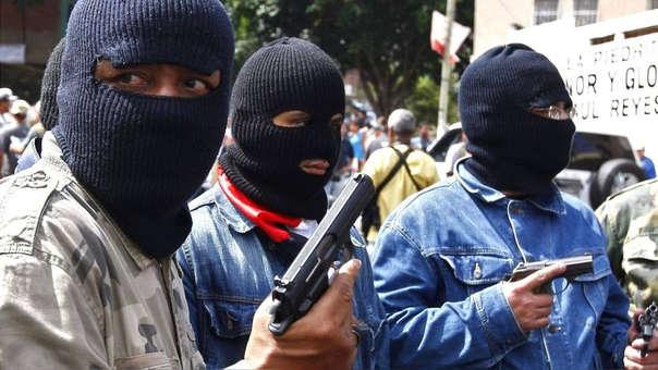 Colectivos chavistas encapuchados (foto de archivo)