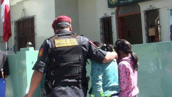 Las menores fueron encontradas por agentes de la Comisaría de Familia de Villa el Salvador.