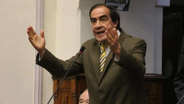 Yonhy Lescano fue denunciado por el delito de acoso sexual.