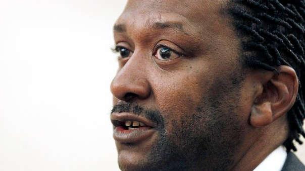 Stern es un reverendo protestante y defensor de los derechos civiles de los negros que lidera también el Ministerio de Alcance para la Reconciliación Racial.