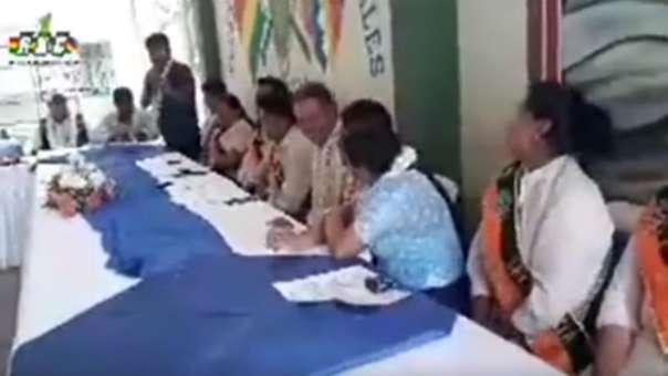 Dirigente cocalero causa indignación en Bolivia por frases machistas.