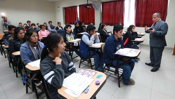 Este sábados los grupos de Ciencias de la Salud, Ciencias Básicas y Ciencias Económicas y de la Gestión rindieron el examen.
