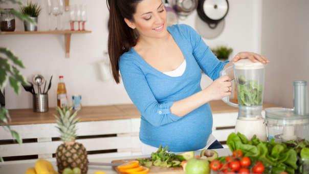 Debo mas comer fruta durante embarazo que el