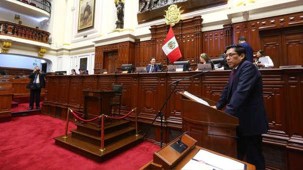 Vicente Zeballos ante el Congreso