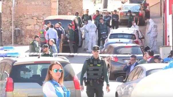 Los cuerpos sin vida de los peruanos fueron encontrados por la hija mayor de ambos al promediar las 10 de la mañana del lunes.