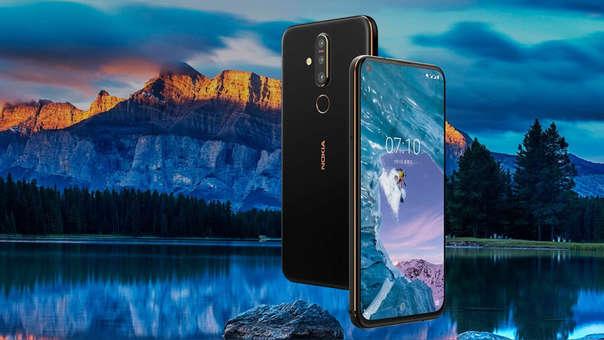 Nokia presentó su primer equipo con pantalla perforada.