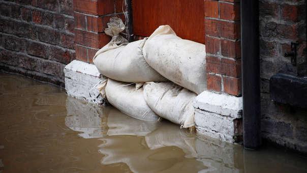 ¿Cómo actuar si mi casa o negocio se inunda? Cinco consejos clave