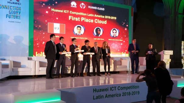 Los estudiantes se impusieron en la competencia que se desarrolló en México D.F.
