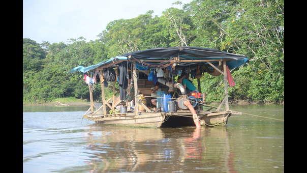 'Pequedragas': la nueva modalidad usada por los mineros ilegales en la Amazonía de Perú