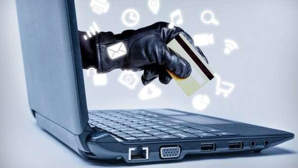 El Indecopi recomienda verificar las condiciones de las ofertas y navegar en redes seguras si va a comprar online en el Cyber Wow.
