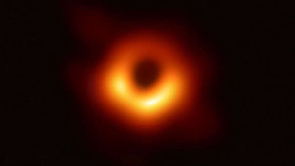 Esta es la primera fotografía de un agujero negro.
