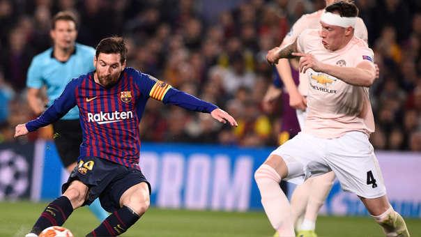 Lionel Messi vs. Phil Jones.