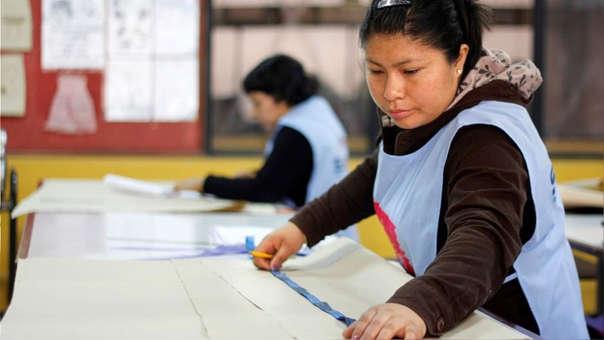 El plan de rescate financiero también incluirá su apoyo a los pescadores artesanales.