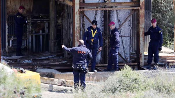 Equipos de rescate encuentran los cuerpos sin vida de las dos mujeres y una menor.
