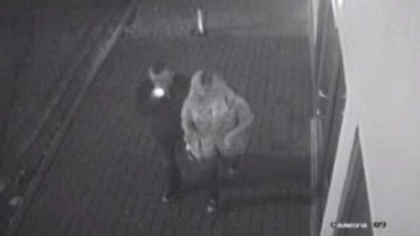 Cámaras de seguridad captaron a la pareja momentos antes del asesinato.