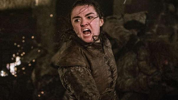Las respuestas tenían una sola protagonista: Arya Stark derrota al Rey de la Noche usando su daga de acero de Valyria.