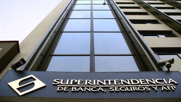 La Superintendencia de Banca, Seguros y Administradoras Privadas de Fondos de Pensiones determinará las condiciones y el procedimiento operativo para el cumplimiento de la presente ley.
