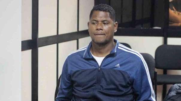 Juan Flores fue detenido por agredir a su expareja.