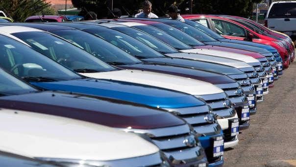 Entre enero y abril se registró un descenso en las categorías de automóviles (-15.7%), SUV (-3.5%), camionetas (-6.3%), camiones y tractocamiones (-10.9%) y minibús y ómnibus (-9.6%).