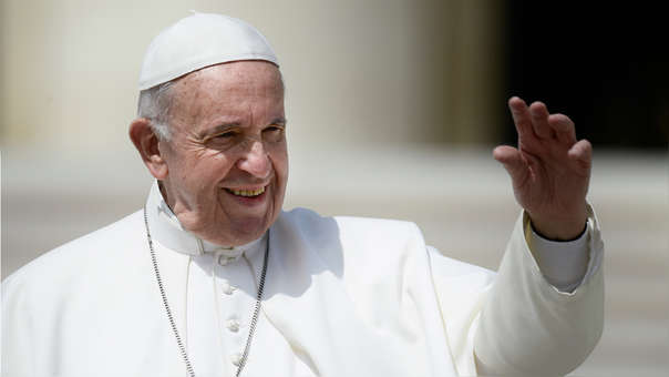Todas las diócesis del mundo deberán tener un sistema que sea accesible al público para presentar informes sobre las denuncias.