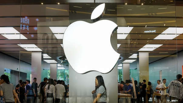 Apple vivió su peor semana del año en Wall Street, donde sus acciones cayeron un 6,9 %.