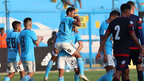 Sporting Cristal vs. San Martín: Carlos Lobatón marcó este GOLAZO de tiro libre