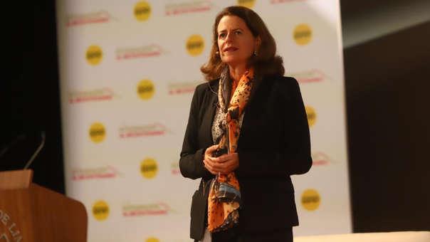 Livia Benavides presentó avances del Perú en el sector educación en comparación con otros países de la región.