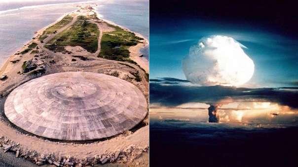 Cráter de la explosión de la bomba nuclear Cactus en la isla de Runit en mayo de 1958, en el cual se enterraron años más tarde los residuos contaminados de decenas de pruebas nucleares.
