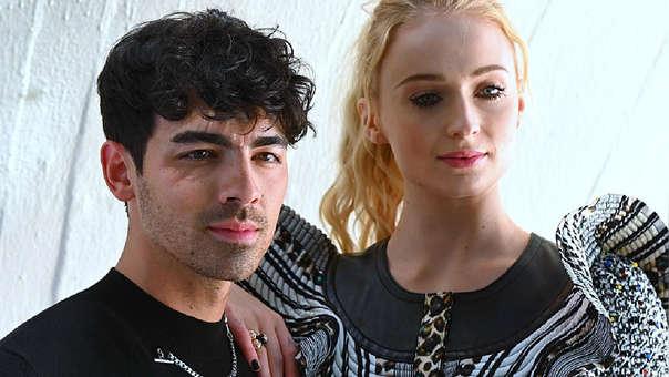 Joe Jonas y Sophie Turner revelan la primera imagen de su romántica boda en Francia.