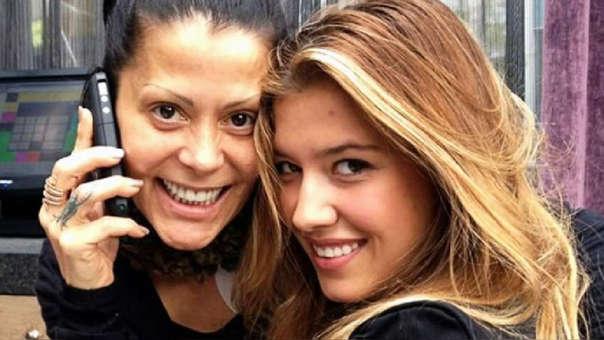 La hija de la cantante mexicana confirmó que su madre mantiene una relación con su ex novio, el modelo Christian Estrada.
