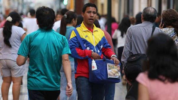 El grueso de venezolanos trabaja en la informalidad en nuestro país.