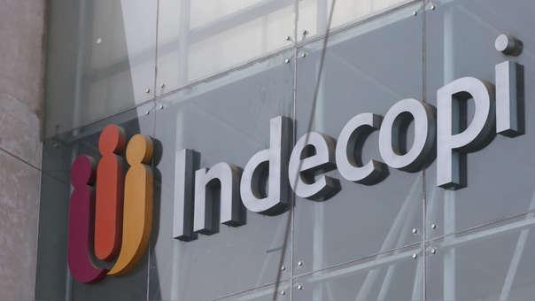 Controversias entre consumidores y empresas se resuelven en Indecopi.