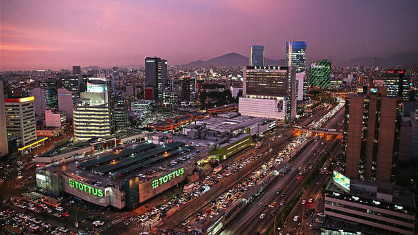El Banco Mundial y el Fondo Monetari Internacional esperan psra este año un crecimiento de la economía peruana de 3.8% y 3.9%, respectivamente.