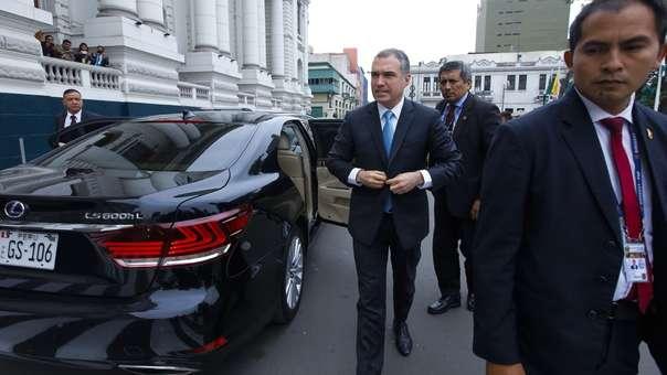 Salvador del Solar presentó la cuestión de confianza ante el Congreso