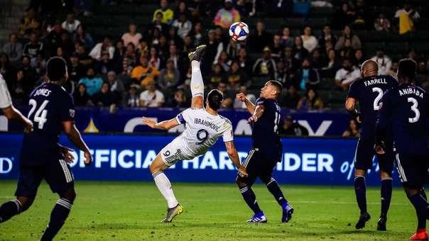 Zlatan Ibrahimovic realizó una chalaca fiel a su estilo en el encuentro por la Liga MLS de Estados Unidos.