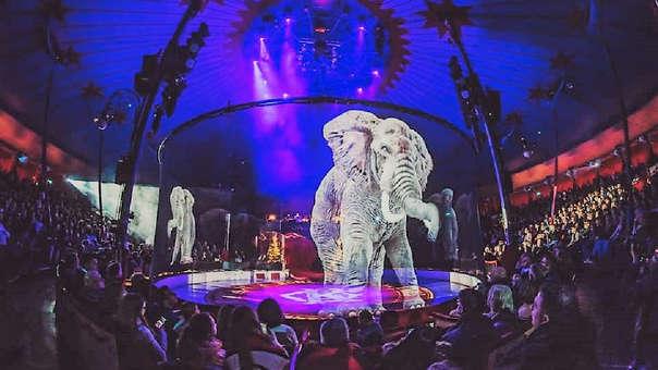Elefantes holográficos son parte del show del circo Roncalli