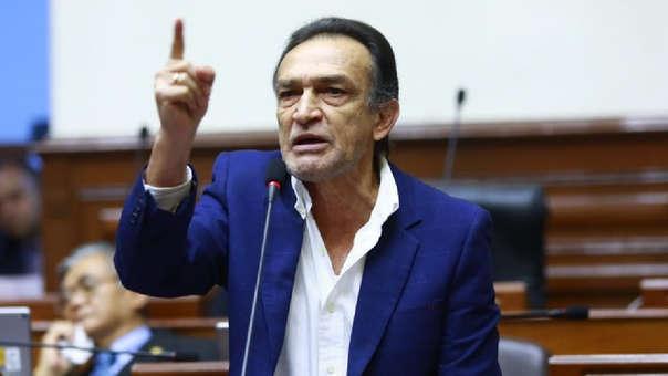 El parlamentario criticó fuertemente la posición de la bancada de Nuevo Perú.