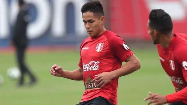 7df16594f Jesús Pretell hizo su debut profesional en el 2018 con la Universidad San  Martín. | Fuente: Prensa FPF